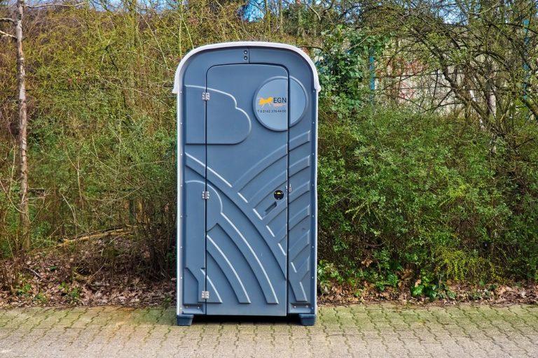 Toalety przenośne przydadzą się w wielu sytuacjach