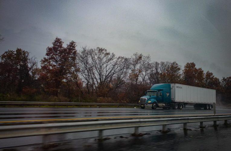Transport towarów samochodami ciężarowymi