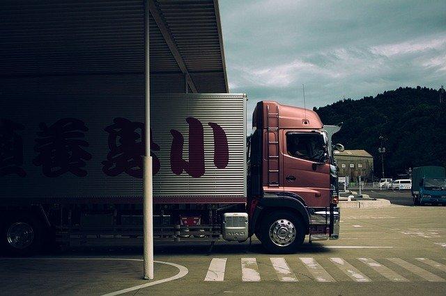 Nie wiesz co zrobić, aby posiadać własną firmę działającą w branży transportu drogowego?
