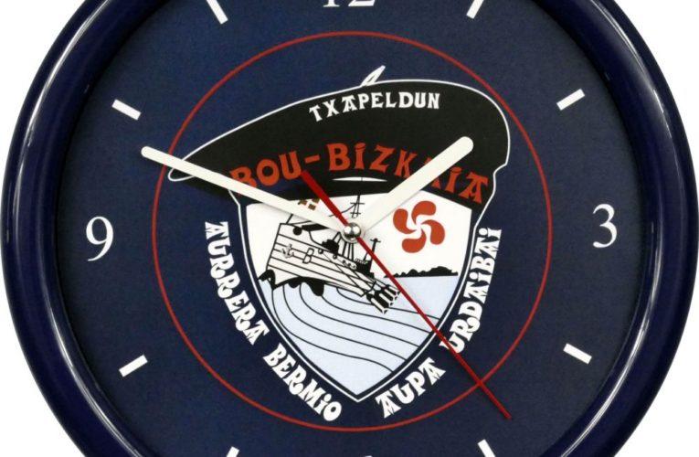 Zegar ścienny to popularny wybór na kampanię reklamową
